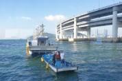 부산해경,  해상 침수 어선 구조